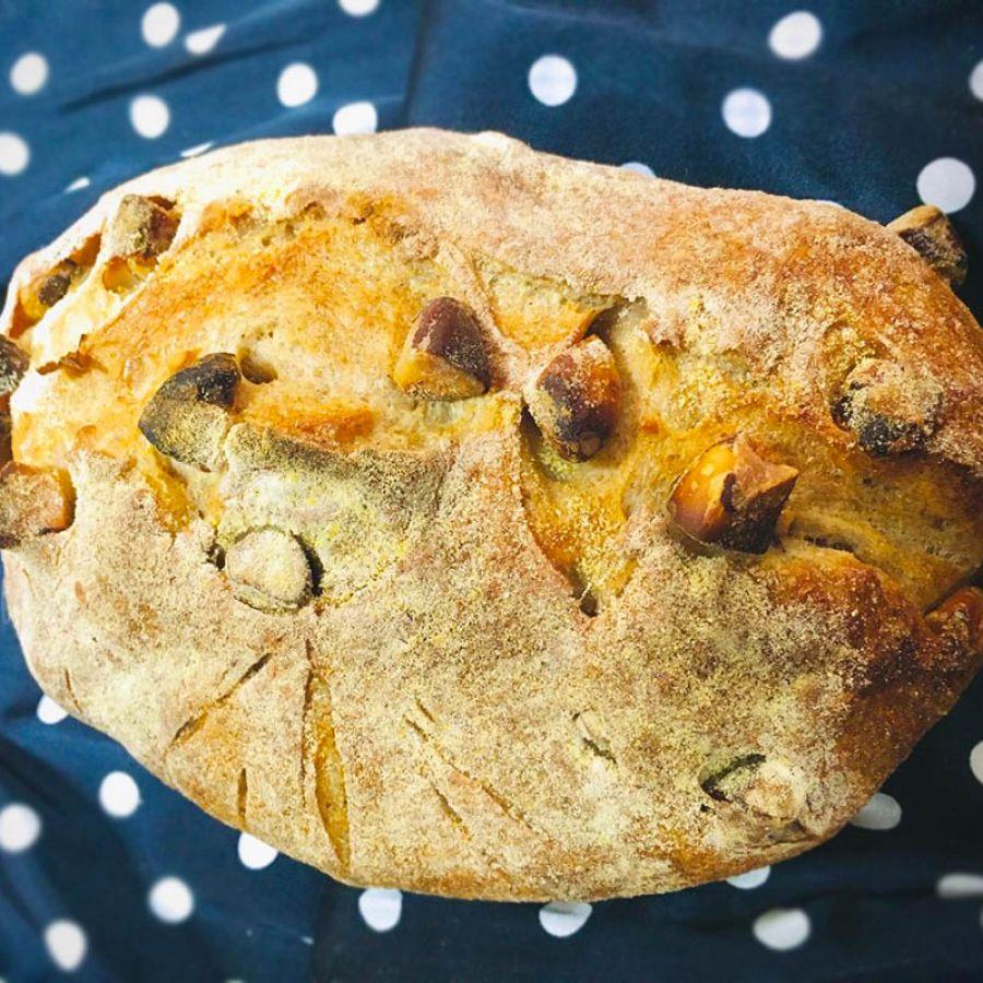 Pão com castanha do pará Manda Lá