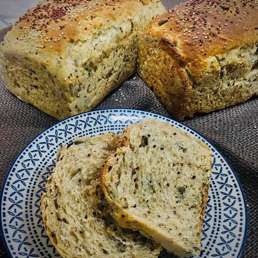Pão de forma integral c/sem.abóbora-girassol-aveia grossa e gergelim negro
