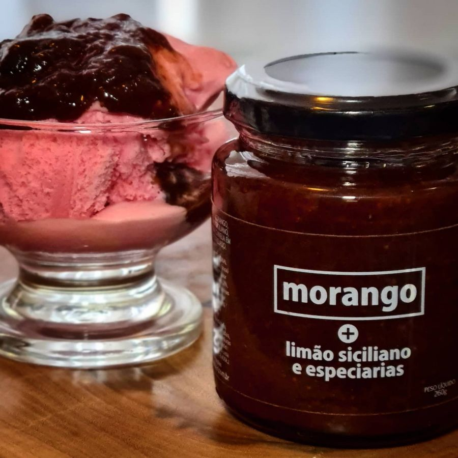 Geléia de Morango com Limão Siciliano e Especiarias Expressar