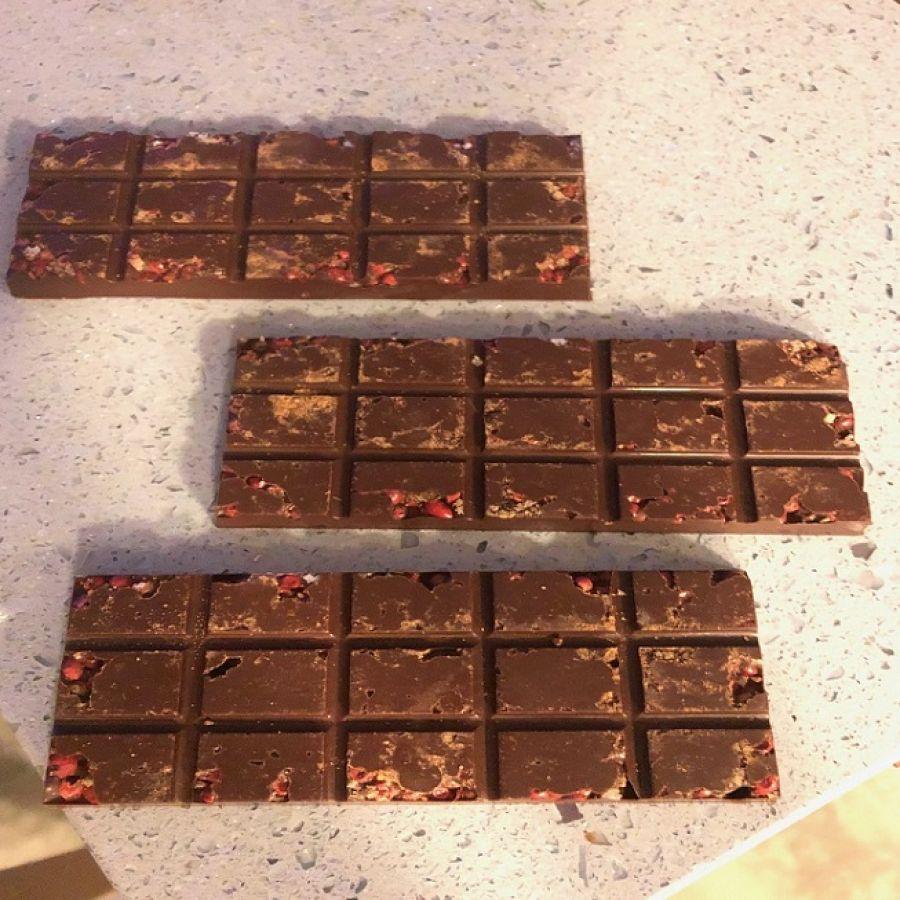 Barra de Chocolate 54% cacau com especiarias GiAngelis
