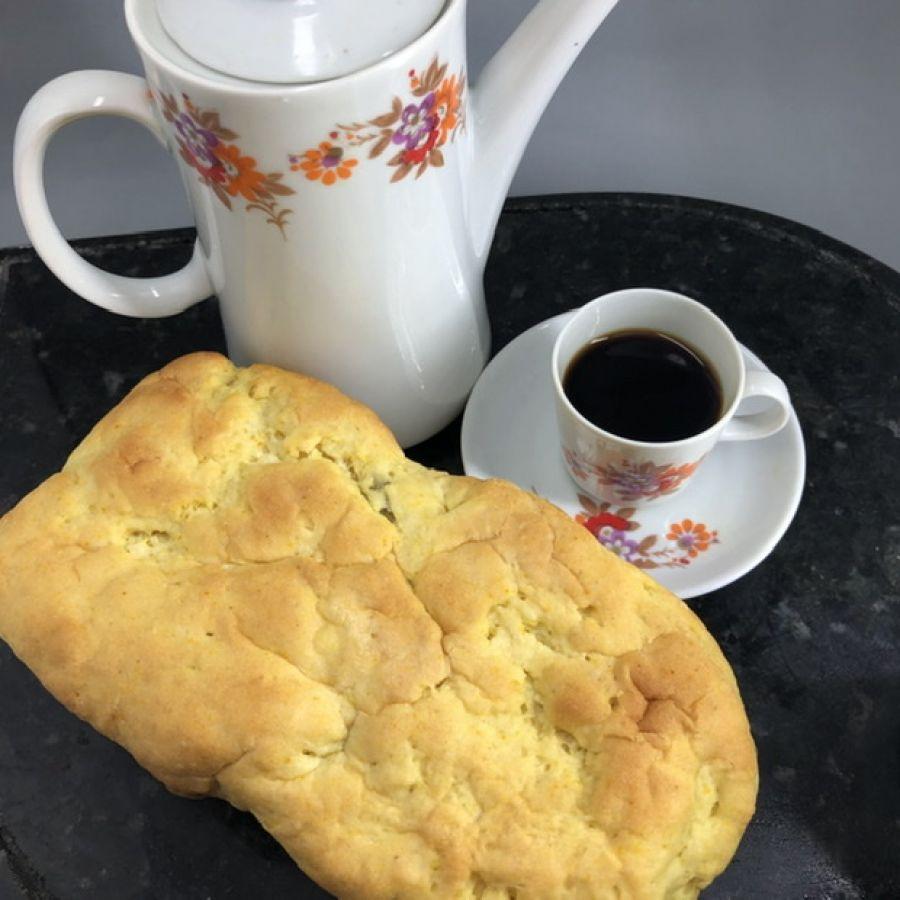 Pão de açafrão com azeitona Tomilho Fresco